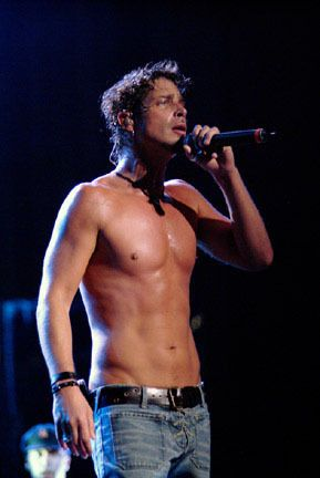 Chris Cornell mmmmmm been one of my faves for a long, long time. He keeps getting hotter.