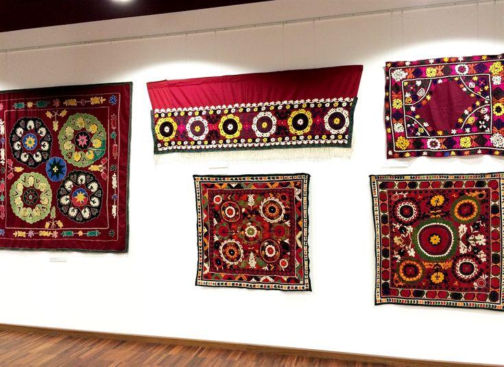 20 suzani_embroidered_textiles_ethnic_style_boho_gypsy_interior_design_home_decor_asia_inspirations_styl_etniczny_kolorowe_wnetrze_forelements_blog