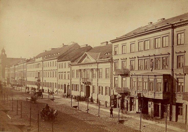 Warszawa w 1870 roku Niezwykle spokojna wówczas ulica Leszno. Osiedlali się tam głównie Niemcy wyznania ewangelickiego.