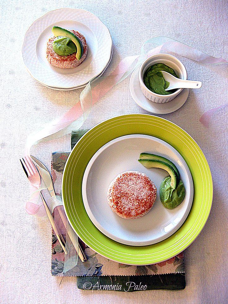 Hamburger di Albumi Sodi con Mousse di Avocado