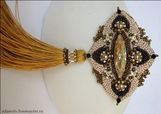 Beautiful brooches by Krisitina Adams | Beads Magic#more-5006