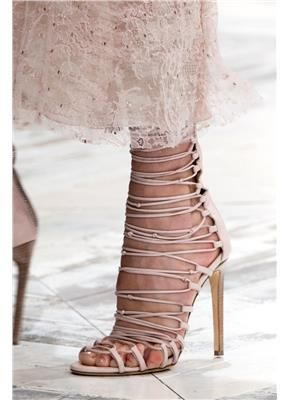 Οι πιο σέξι γόβες του 2014 - gamos.gr  shoes by Cavalli  #wedding #gamos