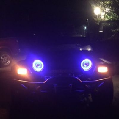 Bailey's Jeep Wrangler TJ with 7 Inch Halo Sealed Beam Headlight Conversion