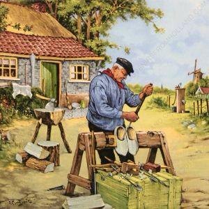 Klompen zijn houten schoeisel dat sinds de oudheid bestaat en gedurende de middeleeuwen en nog lang daarna in grote delen van Europa gedragen werd, vooral door arbeiders en boeren. Een oude benaming is holleblok of holsblok. De tripklomp is een laag uitgesneden klomp met een leertje over de wreef die vooral door vrouwen en kinderen werd gedragen. Trippe en platijn zijn middeleeuwse houten zolen met lederbanden.  Ongeverfde klompen werden met zand of schelpgruis schoongeschuurd en in sommige…