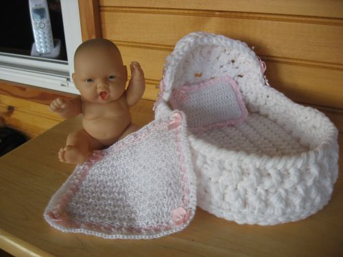 Crochet Pattern Doll Bassinet Purse : 11 best images about Crochet Doll/Purse Cradle on ...
