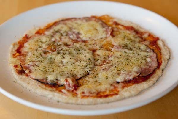 Snabblagad lunchpizza  Idag blir det ett kort blogginlägg, min ögoninflammation gör fortfarande ont och jag ser suddigt. Det blev en snabbla...
