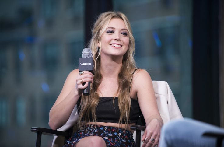 Carrie Fisher's daughter Billie Lourd dishes on 'Scream Queen's' spoilers and 'Star Wars'