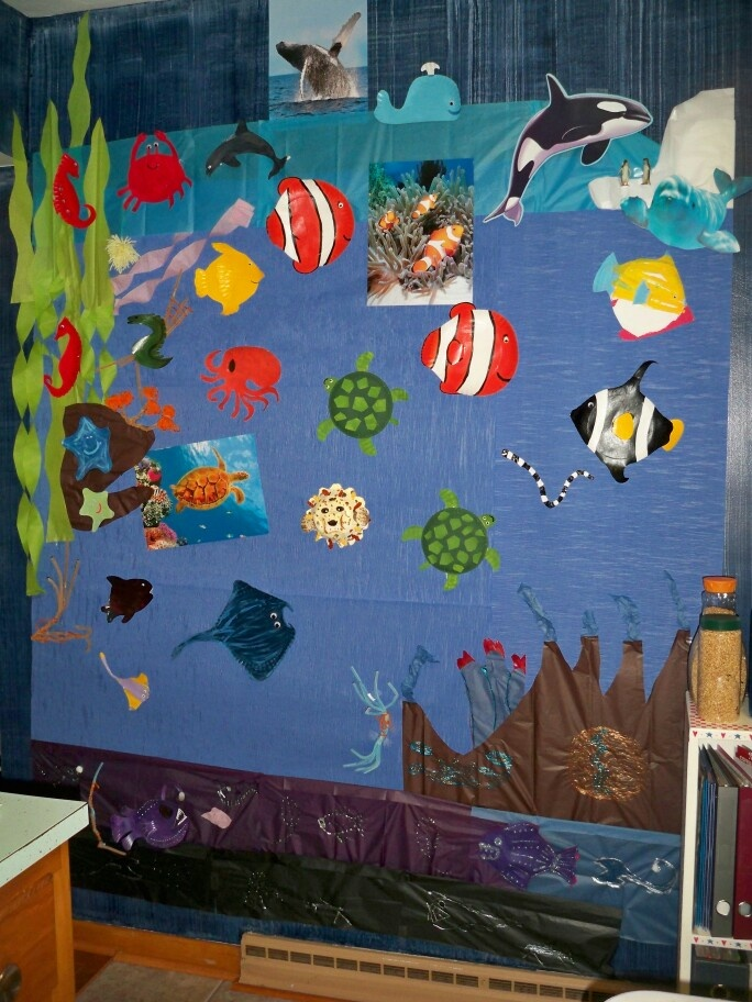 Under The Sea Wall Mural. Made With Crepe Paper, Tissue Paper, Streamers And