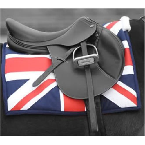 English saddle - union jack equestrian blanket gotta get myself One of these beauties!!! LOVE THIS SADDLE PAD!