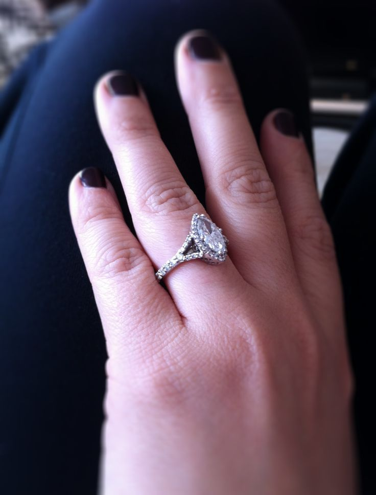 He put a ring on it!! My beautiful marquise engagement ring. #marquise #custom #rosserreeves