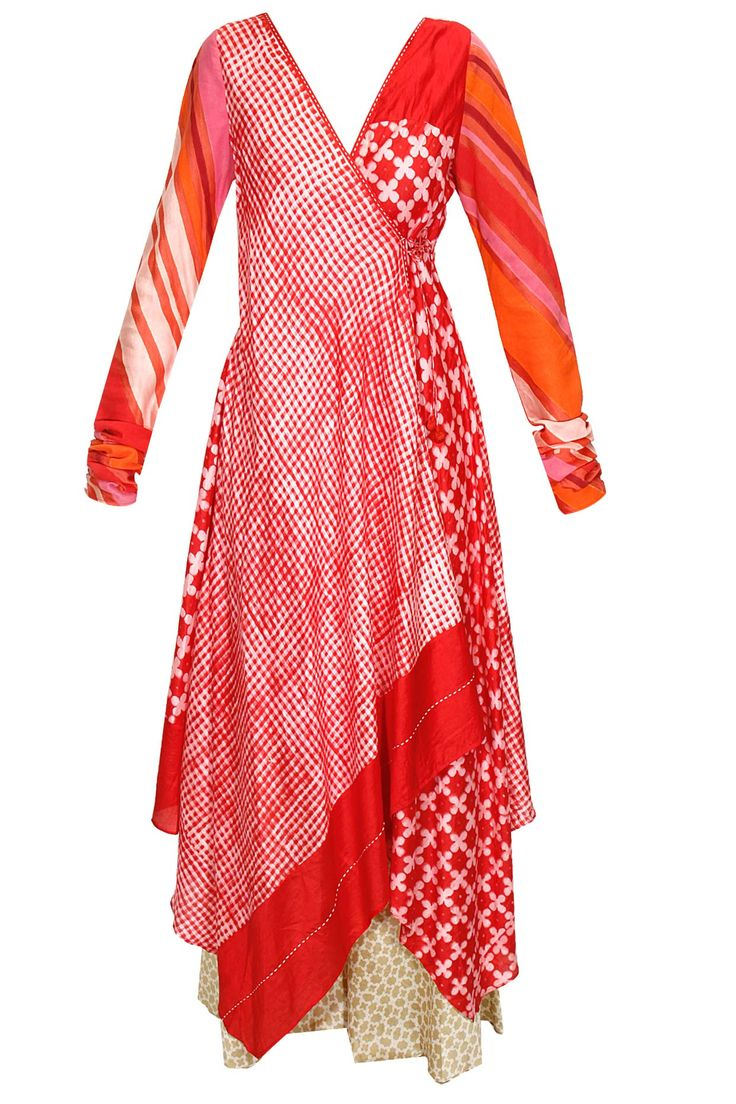 Red and white block print angrakha style kurta with beige palazzos by Krishna Mehta. Shop now: http://www.perniaspopupshop.com/designers/krishna-mehta #kurta #krishnamehta #shopnow #perniaspopupshop
