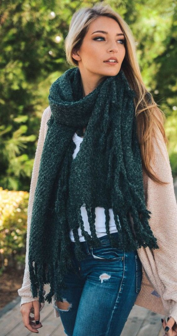 Chunky long blanket scarf features tassel detail and soft material. Comes in Black, Rose, or Green! 100% Acrylic