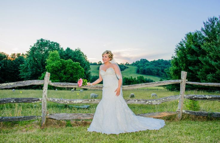 Jessica Bowman Lockner Bridal Session - Photo Tech Photography