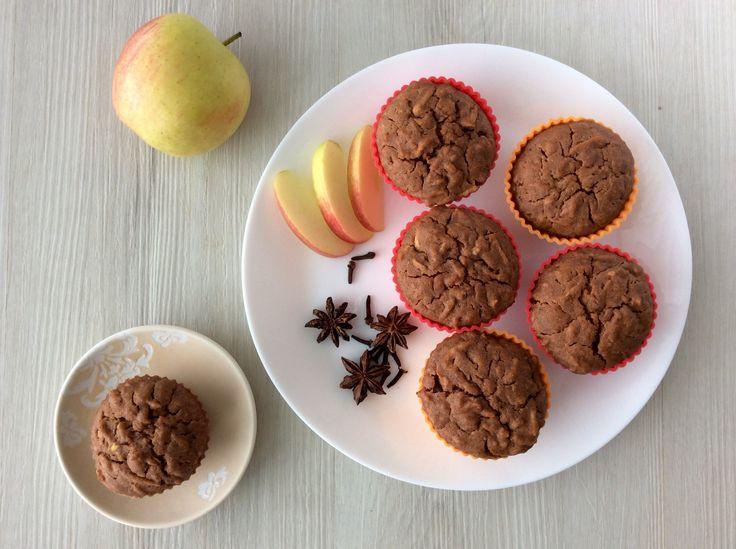 Špaldové perníkové muffiny s jablky
