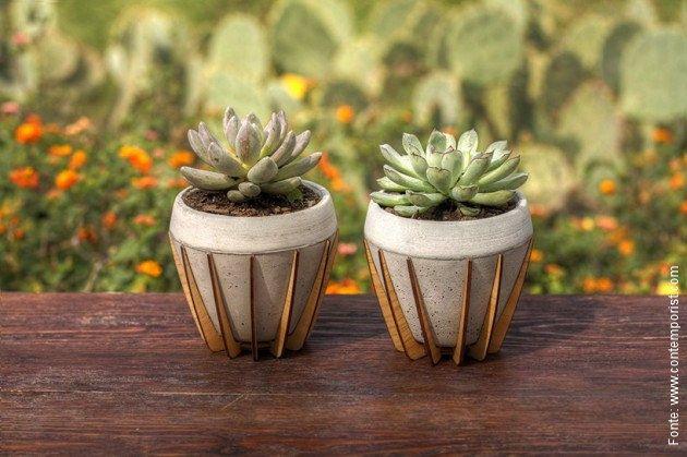 """O estúdio mexicano de design Shift acaba de lançar """"La Morena"""", um delicado vaso para plantas de concreto e madeira.  [..."""