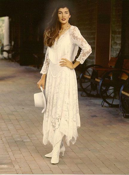 Country western wedding dresses cowgirl style wedding for Wedding dress western style