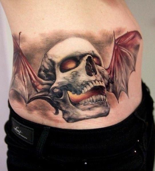 _725.Thomas-Kynst-Tattoo.Teschio-con-ali-di-pipistrello