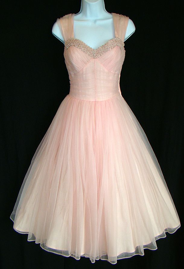 1000  ideas about 1950s Party Dresses on Pinterest - Floral party ...