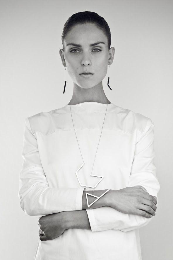2d3D earings/Incomplete II collection  photo: Ondřej Janů model: Simona Janů Eisenwortová make-up a hair: Soňa Šajdáková