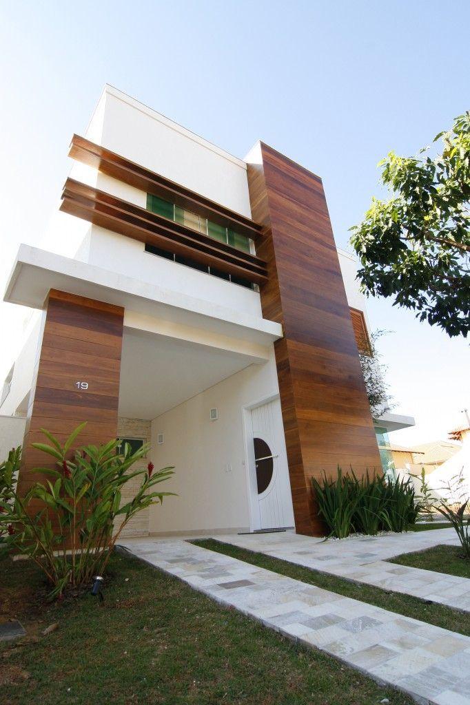 Architecture                                                                                                                                                                                 Mais