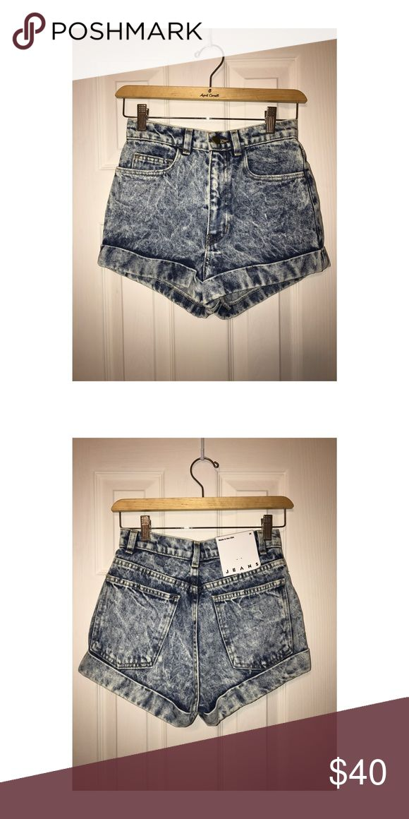 *BRAND NEW* AMERICAN APPAREL ACID WASH JEAN SHORTS Brand New Never worn American Apparel Acid wash shorts American Apparel Shorts Jean Shorts