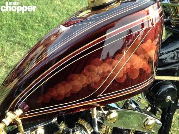 The 20 most interesting gas tanks of Chopperfest   Street Chopper