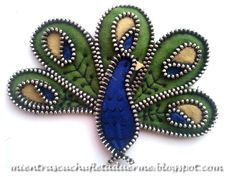 BROCHE DE UN PAVO REAL