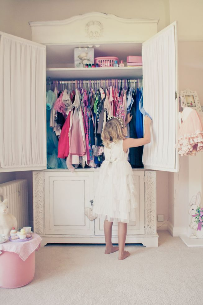 I Wonder How Hard It Would Be To Make A Closet Hutch For Aubrey When She Is  Older? Then Her Closet Can Be A Reading Nook!