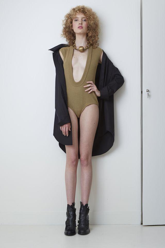 VERONIQUE LEROY, bodysuit   Подиум, новости моды и красоты, эксклюзивные видео, последние тенденции, интервью с дизайнерами и моделями,  фоторепортажи с лучших светских вечеринок на Vogue.ru