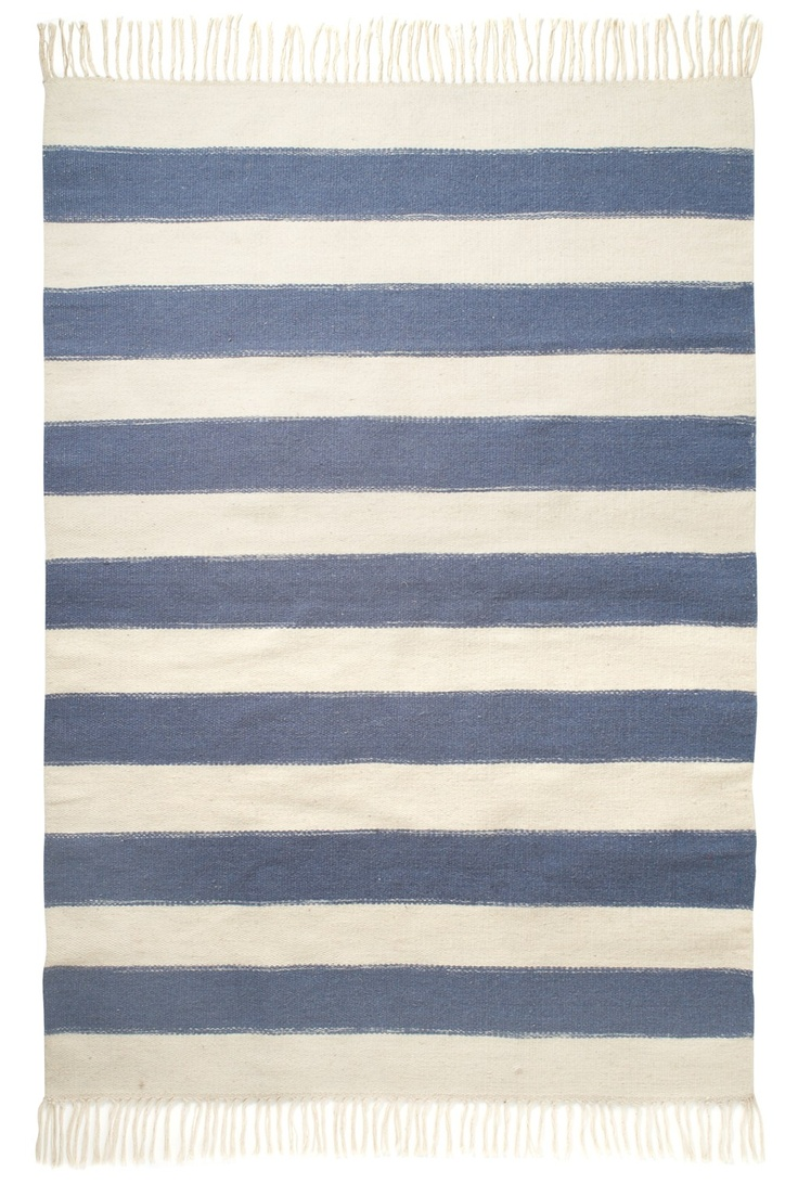 Simple Nautical With Rugs
