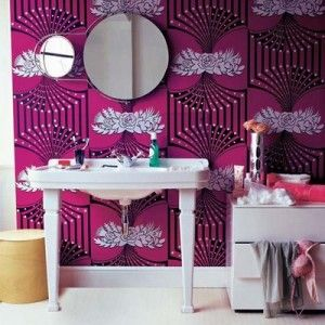 art deco: Bold Patterns, Wall Colors, Bathroom Design, Bathroom Colors, Art Deco Bathroom, Art Deco Wallpapers, Bathroom Ideas, Pink Bathroom, Bathroom Wallpapers