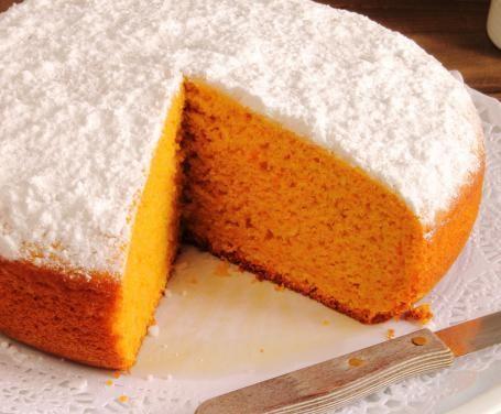 Un dessert gustoso e fresco, che unisce la golosità di una torta alla leggerezza della frutta: vi proponiamo la ricetta della torta all'arancia Bimby!