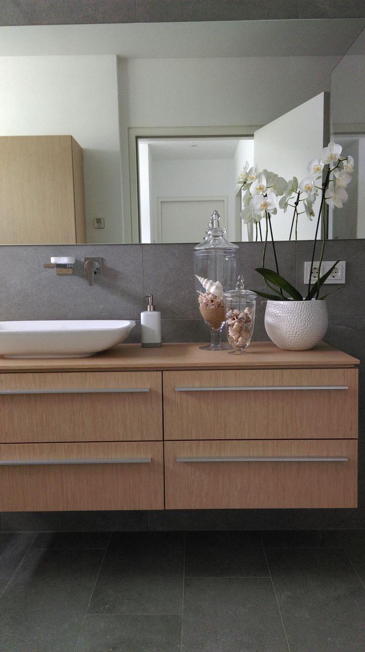 2 geschichte haus front design  best bad images on pinterest  bathroom bathrooms and half bathrooms