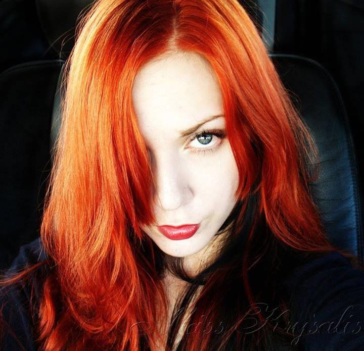 9457 beste afbeeldingen over ravishing ruby red haired