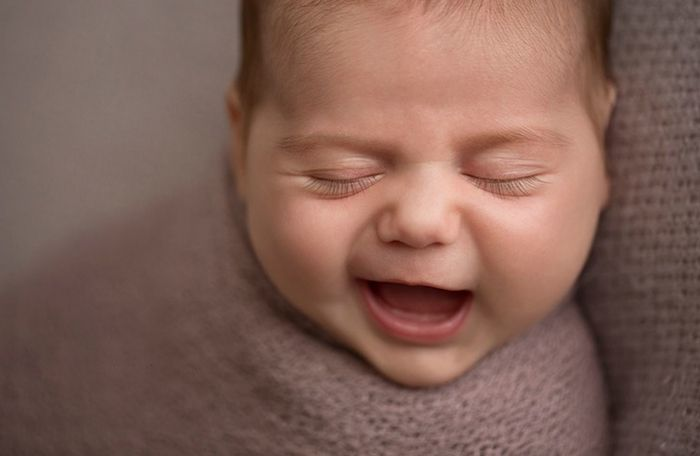 Исла, 6 дней. Фотограф Эрин Элизабет специализируется на съемках новорожденных.