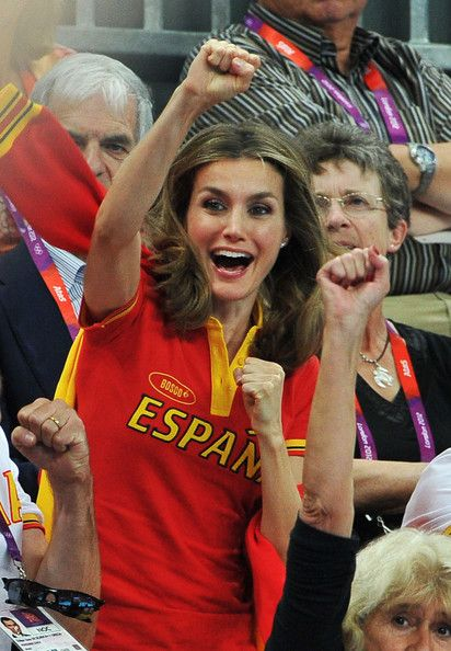 Crown Princess Letizia of Spain Photos Photos - Crown Princess Letizia of Spain celebrates during Women's Handball Bronze medal match between Spain and Korea on Day 15 of the London 2012 Olympics Games at Basketball Arena on August 11, 2012 in London, England. - Olympics - Day 15 - Royals at the Olympics