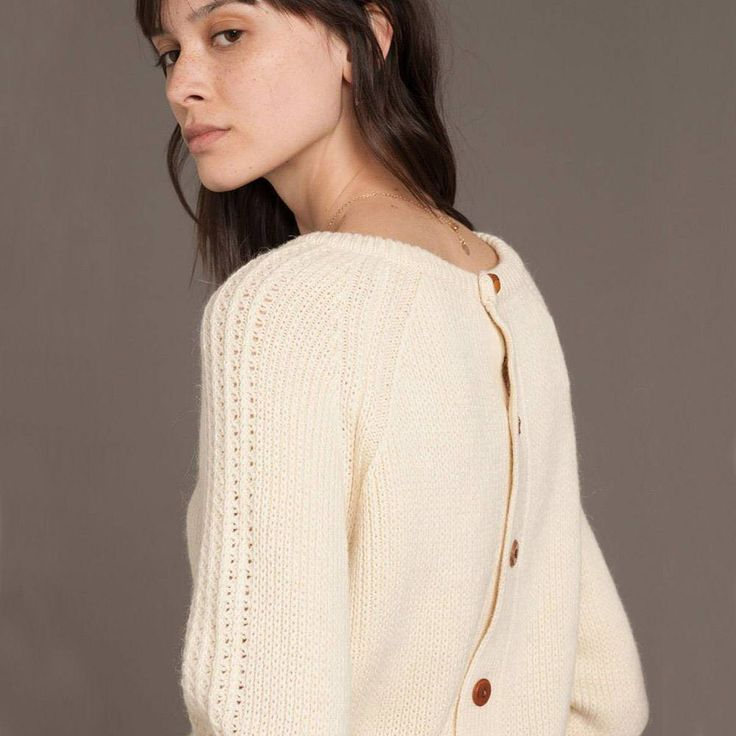 > Collection Automne/Hiver 17-18 - Pull Malang - Disponible en boutiques et en ligne sur Sessun.com.  ⠀  > Autumn/Winter 17-18 collection - Malang sweater - Now available in stores and online at Sessun.com. ⠀  ⠀  #sessun #autumn #fashion #love #new #photooftheday #ootd