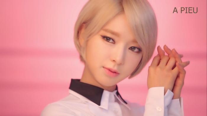 Korean Hair Style - Bosan Rambut Panjang? Coba 7 Gaya Rambut Pendek Ala Idol Korea Ini
