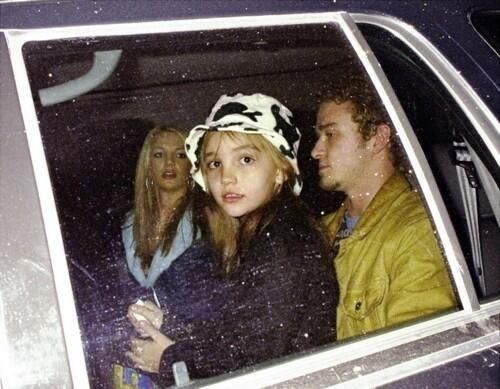 suicideblonde:  Jamie Lynn Spears with her sister Britney and... @ bolly4u