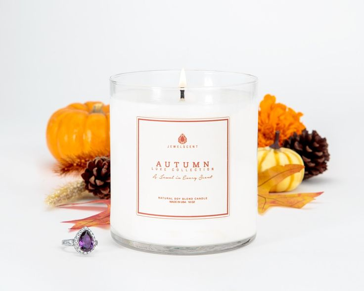 A festive mix of sweet orange and buttery cream notes are accented by classic autumn scents of spiced cranberry and cinnamon. Soft sugared vanilla musk and the aroma of woodsy evergreen finish off this Fall favorite! Each LUXE Autumn candle contains one mystery ring valued at $25 to $7,500. This candle features a higher wax volume and higher minimum jewelry value than our Classic Collection.