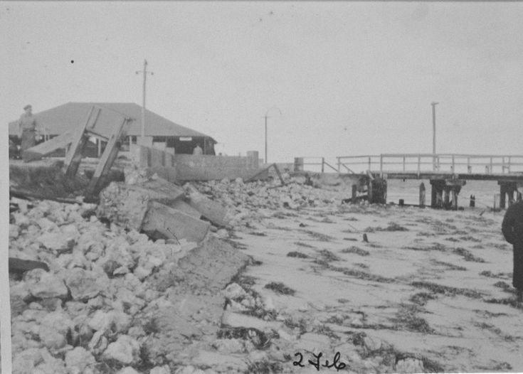 025408PD: Busselton Beach storm damage, 2 February 1937 https://encore.slwa.wa.gov.au/iii/encore/record/C__Rb3305373