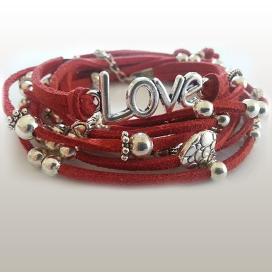 Heart Wrap - R95 Available in black, white, red, grey & blue.