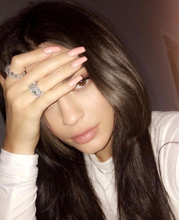 Kylie Jenner nails. Long pink squared nails. Nail goals.