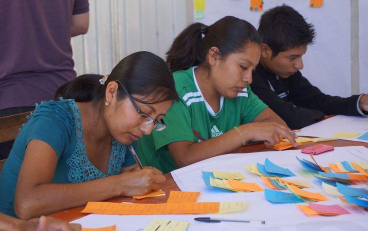 Taller VI Desarrollo de un único plan económico comunitario de desarrollo sostenible y determinar el alcance de los primeros cuatro proyectos, incluyendo el modelo de negocio, el impacto operativo y desarrollo del producto, el modelo financiero y plan de trabajo para su consecución. #Ixcatlan #Oaxaca #SEEDMexico #comunidad