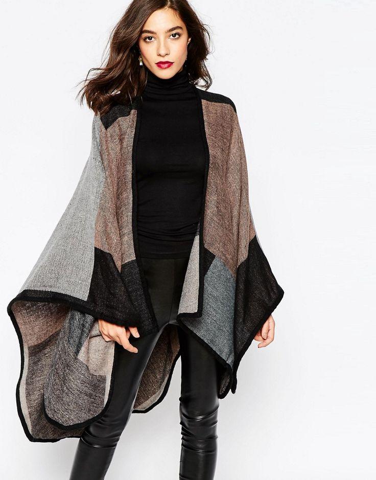 Mantelle cappe: ecco l'alternativa al cappotto per la stagione!