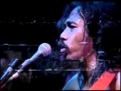 Iwan Fals SWAMI - nyanyian jiwa - GELORA SURABAYA 1990