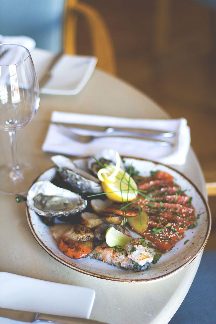Frischer Seafood Teller im Bulman Restaurant in Kinsale -- Irland-Rundreise mit Kerrygold, Bord Bia und Tourism Ireland: Bulman Pub in Kinsale und Rinderfarm in Old Head