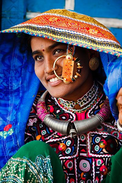bhuj asian personals How to reach how to reach kutch is an obvious question for a tourist who plans to take a tour to kutch the old, walled city of bhuj is the most important town in kutch and also.
