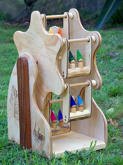 peg doll ferris wheel, by Carla de Jong