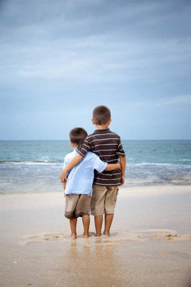 20 fotos que retratam o amor entre irmãos | Catraquinha